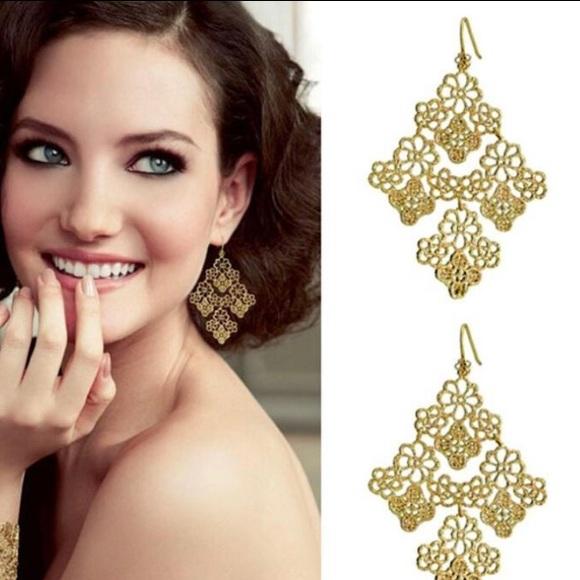 Stella & Dot Chantilly Lace Earrings